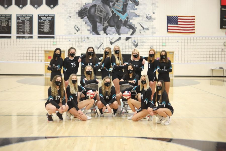 This volleyball season the team was composed of seven seniors and nine underclassmen. A handful of the starters this year were underclassmen.