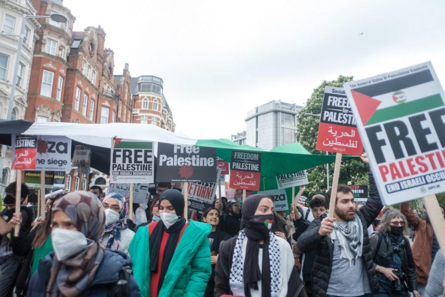 A Palestinian protest with about 150,000 people on May 15, 2021. They were gathered at the Israeli Embassy and were eventually blocked and resisted by police.